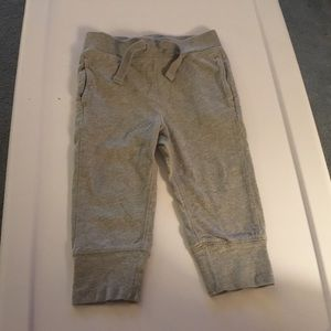 Gap Boys Gray Wide Cuff Sweatpants. Size 18 24-m